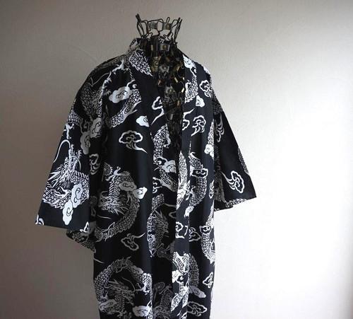 "1980's〜 ""龍"" 総柄 浴衣 黒×白 ユニセックス/フリーサイズ"