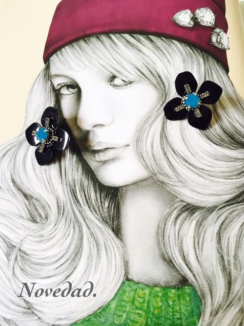 Night Daisy earring