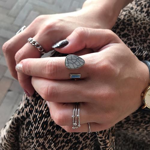 design stone ring #1