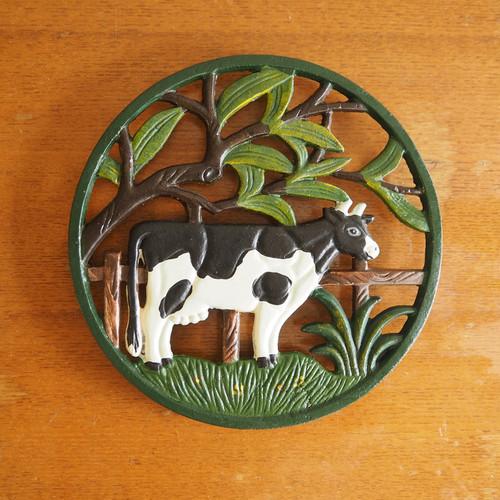 鋳物の鍋敷き 牛