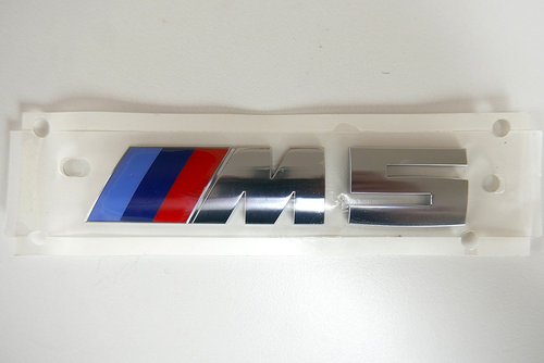 (正規輸入品)BMW純正 F90 New M5モデル専用リアエンブレム