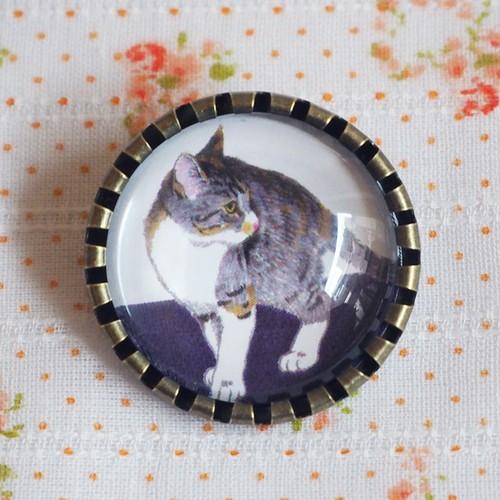猫 ブローチ 三毛猫