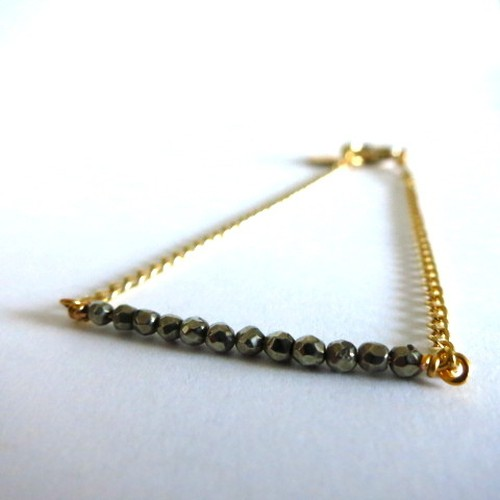 Tiny Beaded Bracelet Pyrite