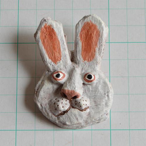 ブローチ B114 ウサギ