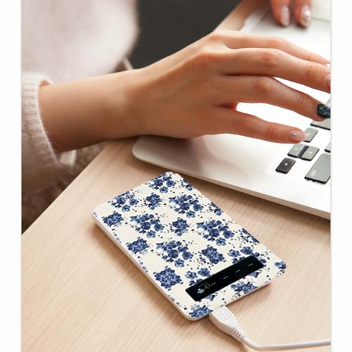 【 ネイビー 】水彩絵の具 花柄 モバイル バッテリー ( スマホ ) ( 充電器 )