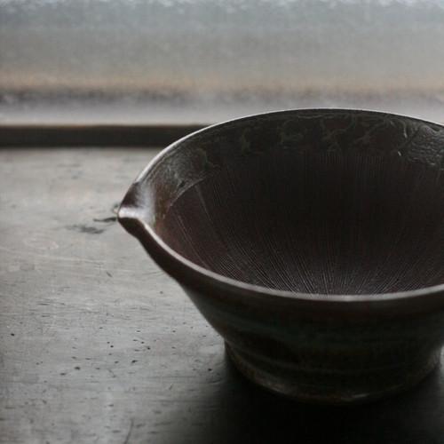 陶工房里一 すり鉢L