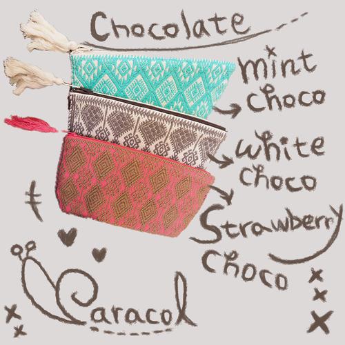 メキシコ手織りのポーチ medium (チョコレートカラー)
