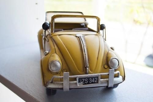 ブリキのおもちゃ オープンカー