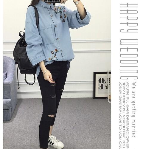 【SALE】¥2980 刺繍入りデニムシャツ