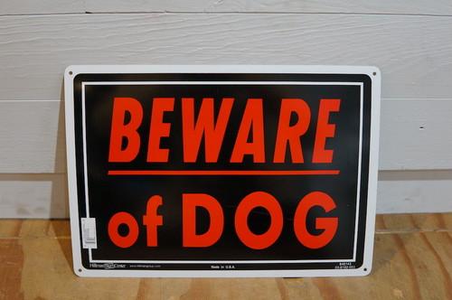 DOGGY BRO.(ドギーブロ)BEWARE OF DOG アルミサインプレート