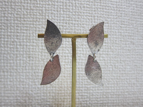 (IKUO)double silver leaf イヤリング