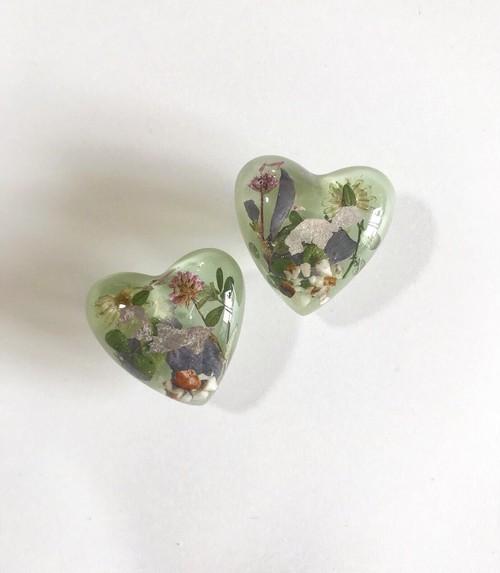 umber heart earring