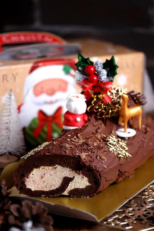低糖質チョコレートラズベリーブッシュドノエル Keto Chocolate Raspberry Buche de Noel