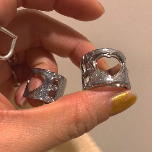 handcuffs RING glitter #LA18500R  ハンドカフスリング/シルバー・ラメ
