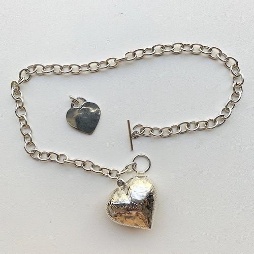 シルバー925 big puffy heart toggle choker necklace