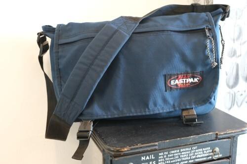 """late 80's EASTPAK navy blue nylon shoulder Bag """"Made in U.S.A."""""""