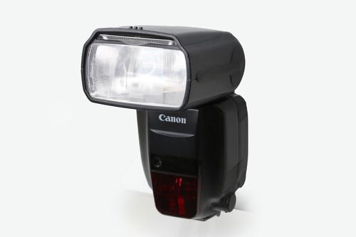 Canon(キヤノン)スピードライト 600EX-RT