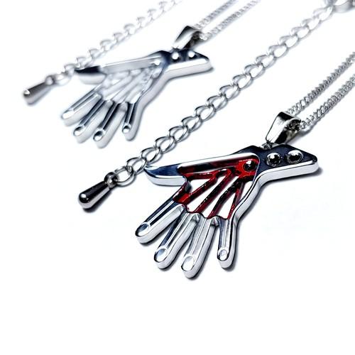 【ミイラの手ネックレス】 コスプレや普段使いに / 肌に優しい(金アレ)