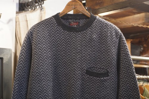 "WOOLRICH WOOLEN MILLS herringbone wool Sweater ""Made in U.S.A."""