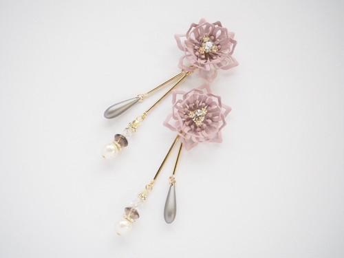 【8CP-73】2wayお花とゆれるロングデザインピアス(イヤリング)