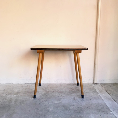 Vintage Kindergarten Desk / Side Table オランダ