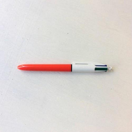 BIC 4色ボールペン 0.7mm