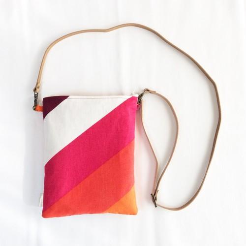 *受注制作*  iPad mini case & タブレットケース  フィンランドビンテージ布 ピンクオレンジ