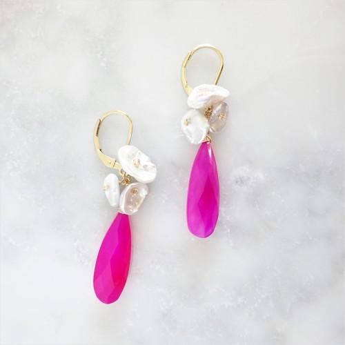 送料無料 14kgf*Fuchsia pink Chalcedony Blooming pierced earring / earring パール