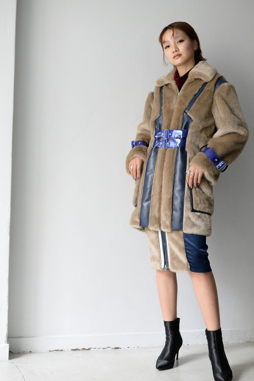 koll / fake fur coat