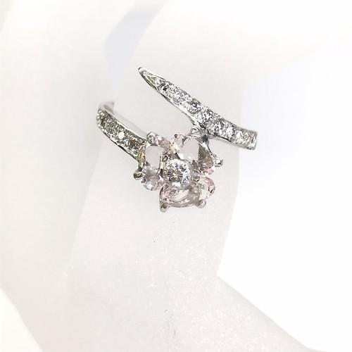 モルガナイトリング K18WG×モルガナイト×ダイヤモンド