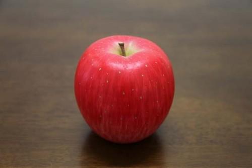 陶器のりんご「世界一」