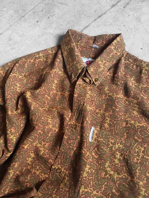 BD paisley patterned shirt