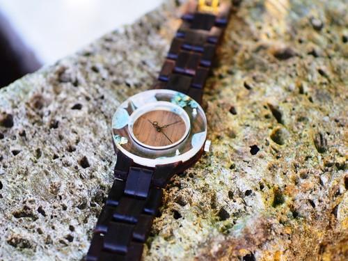 押花紫陽花がはっきりわかる銘木黒檀の腕時計