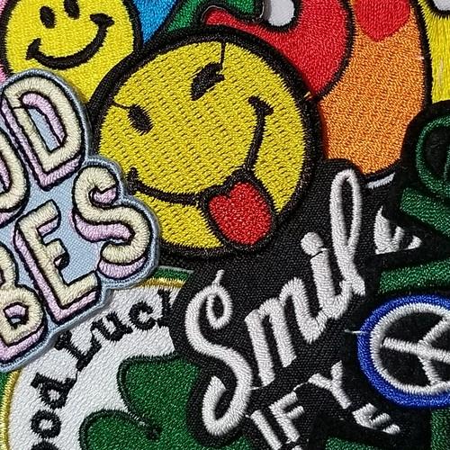 ワッペン*SMILE SOUL LOVE GOOD VIBES GOOD LUCK*
