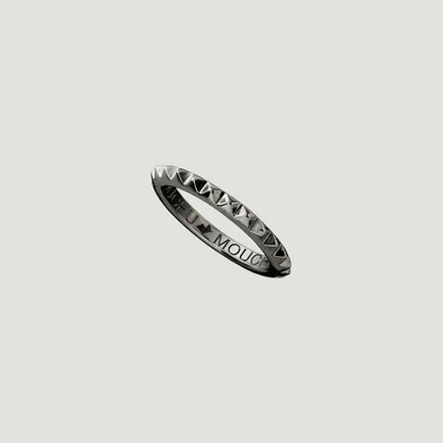 Studs Ring Black