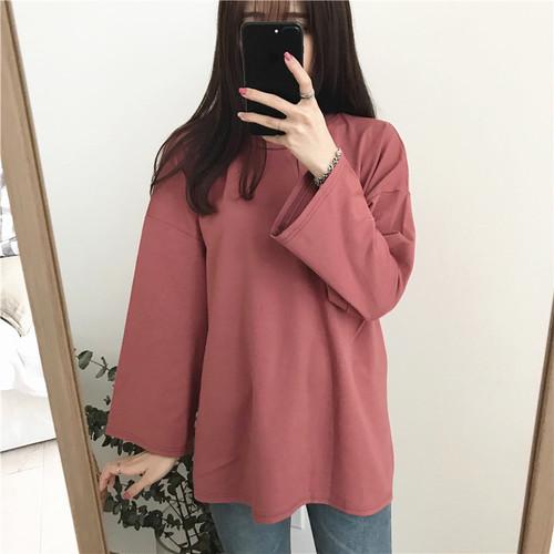 【トップス】シンプル合わせやすい無地長袖着痩せルーズラウンドネックTシャツ22536171