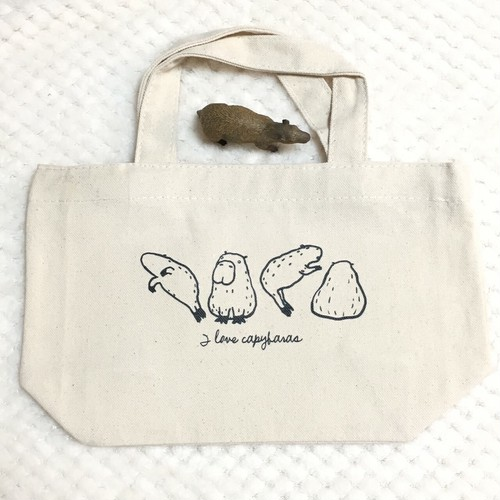 ゆる〜いカピバラの白黒ミニトートバッグ