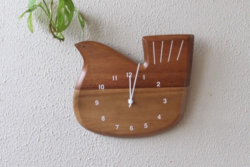 レトロな鳥デザインの壁掛け時計