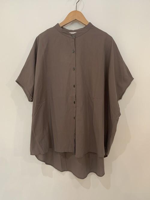 sabbatum/ ローンノースリワイドシャツ  モカ