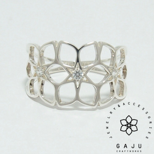 gajuvana Trinity ring (large・CZ)
