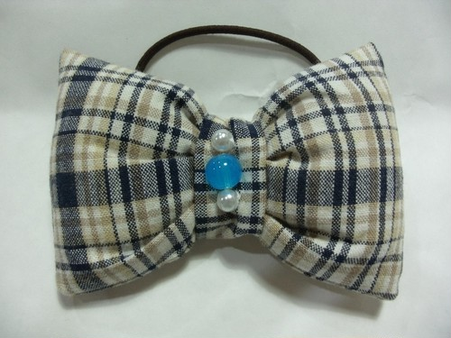 布で縫い縫いヘアゴム チェックリボン(ブルー系)