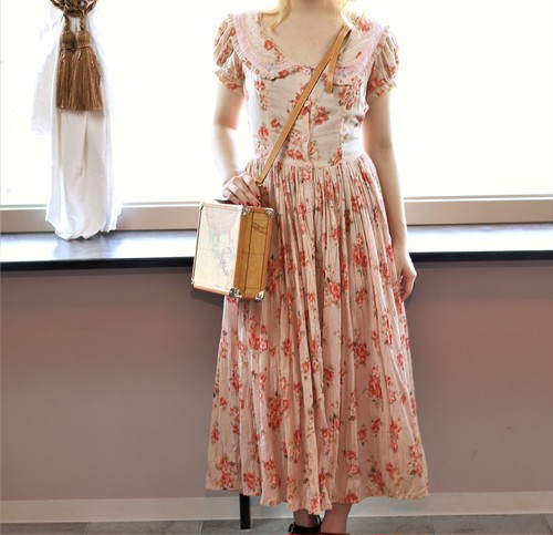 FRENCH VINTAGE FLOWER PATTERNED ONE PIECE/フランス古着花柄ワンピース
