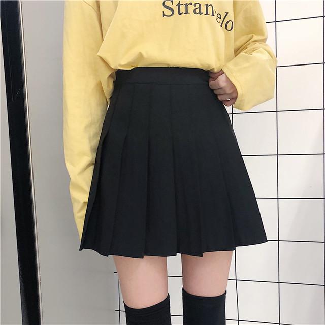 プリーツシンプルショートスカート