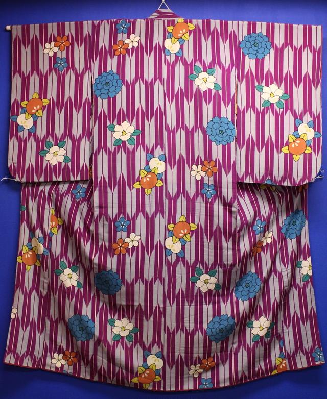 紫×グレー矢絣に牡丹・椿・橘小紋