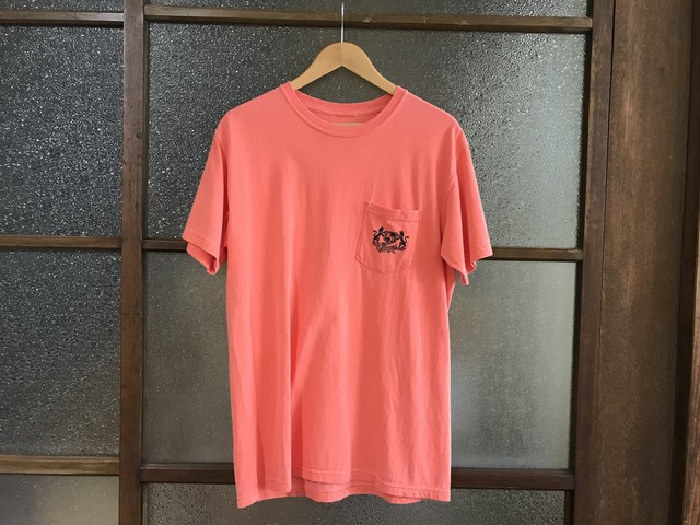 "KICKS/HI ""EMBLEM"" POCKET TEE (WASH ORANGE)"