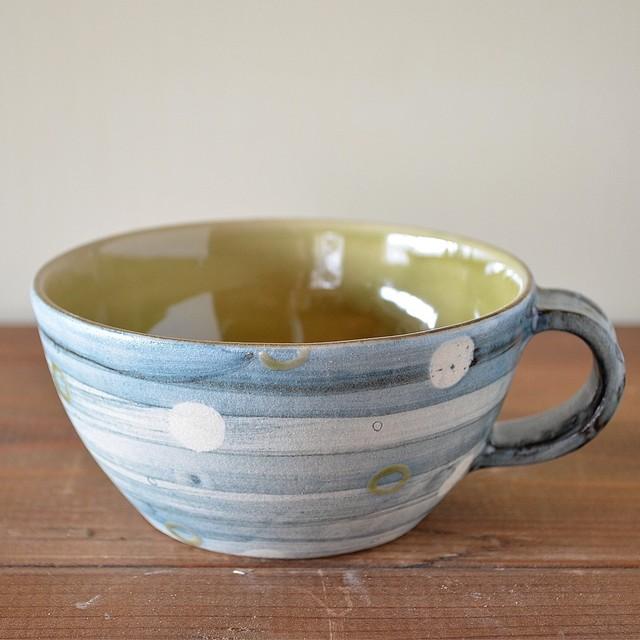 マットブルーのスープカップ