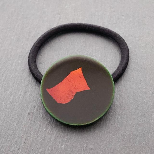 飛騨春慶塗 ヘアゴム ミニ丸形 緑×箔 (H014)
