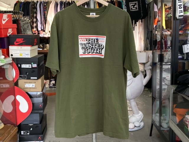 BLACK EYE PATCH × WASTED YOUTH PRIORITY LABEL TEE OLIVE LARGE 57757