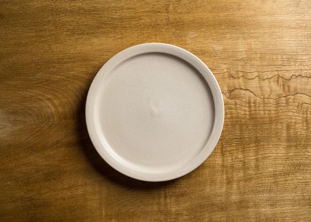6寸 プレート白マット釉(中皿・19cm皿)/鈴木美佳子
