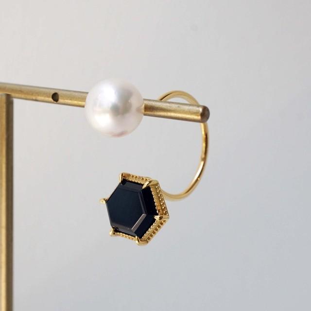 Hawkseye & Akoya Pearl Single Pierced Earring (Hexagon)